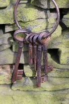 Cast iron antique brown Key ring