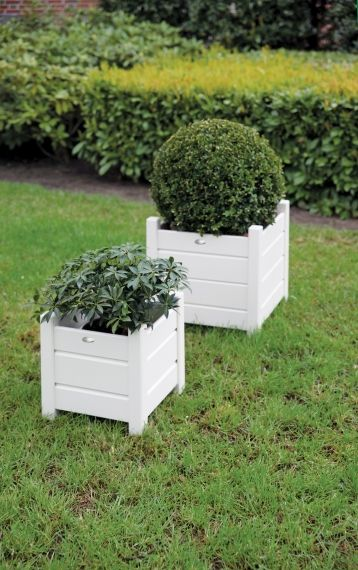 Square planters set of 2 white