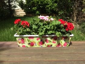 Flower planter for balcony