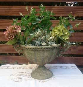 Aged Metal Green urn oval S