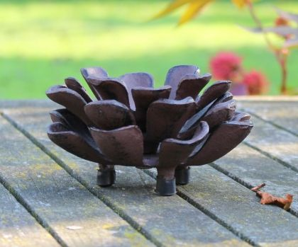 Cast iron pinecon3 candle holder