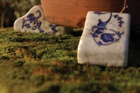 Aged ceramic  Pot feet
